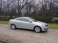 Vauxhall astra twintop convertible 2008. 1.6.