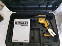 Brand new dewalt DCF622 tek gun