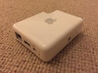 Apple AirPort Express wireless router A1088 (M9470B/A)