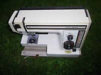 NEW HOME SEWING MACHINE FOR SPARES OR REPAIRS