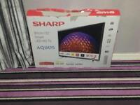 Sharp lcd television 32 inch as new remote broken
