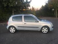 Renault Clio•only 32,000 miles•long mot• Corsa polo Punto fiesta focus Astra