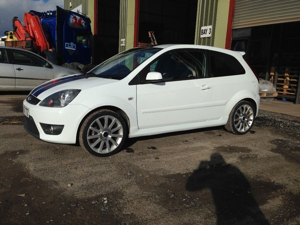 ford fiesta st 150 white 2006 56 plate in llandovery. Black Bedroom Furniture Sets. Home Design Ideas