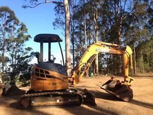 Excavator Case CX31 Gympie Gympie Area Preview