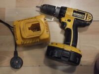 dewalt screwdriver with battery and charger