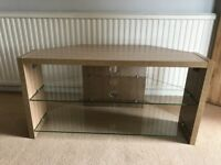 WOODEN OAK EFFECT CORNER TV STAND AND 3 x SIDE TABLES WITH GLASS SHELVES