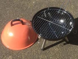 Portable kettle BBQ