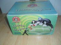 Sylvester Telephone