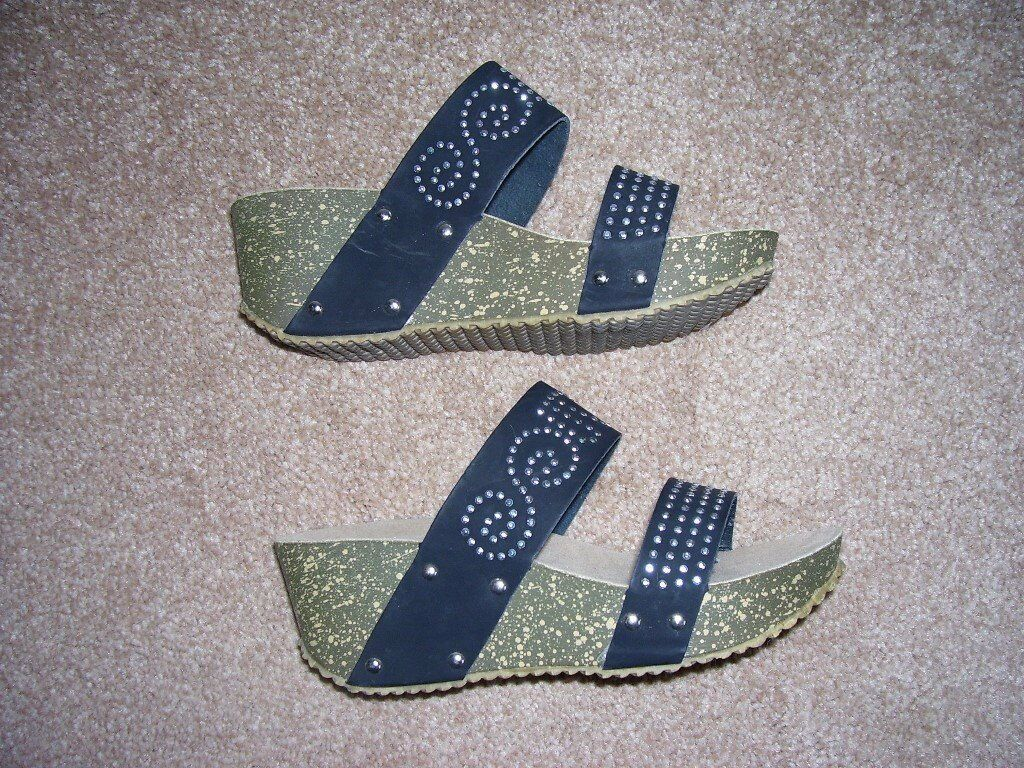 Leather High Wedge Shoes Size 37