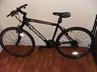 Muddyfox Tempo 200 Hybrid Bike.