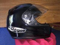 NITRO N610-V FULL FACE FIBREGLASS CRASH HELMET SIZE MEDIUM. VERY GOOD CONDITION.