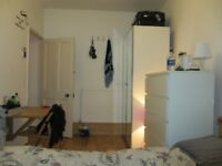 DOUBLE ROOM TO RENT (FLAT SHARE) AVAILABLE - AMAZING LOCATION SPITALFIELDS & SHOREDITCH HACKNEY £625