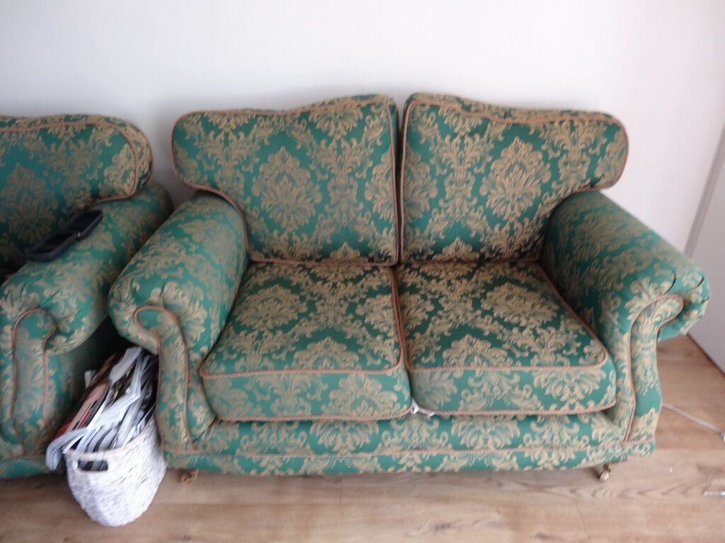 Kirkdale Sofa Buy Sale And Trade Ads Find The Right Price