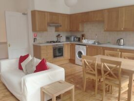 1 bed flat - Johnston Terrace, Royal Mile, Edinburgh