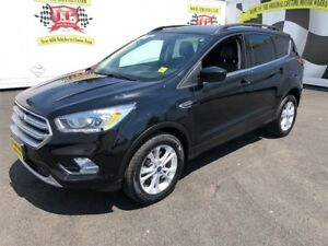 2017 Ford Escape SE, Automatic, Leather, Heated Seats, 4WD