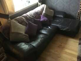 Luxury 3 seater L shaped brown leather sofa, in very good condition.