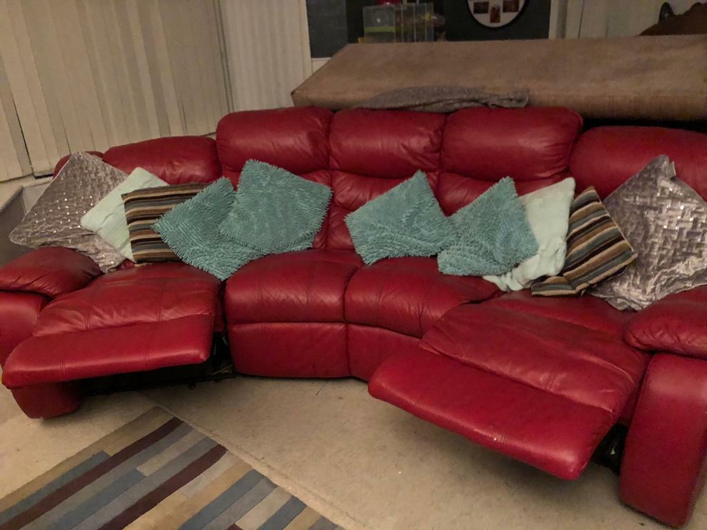 Lovely Red Curved Recliner Cinema Sofa Rrp 3000 In Felixstowe Suffolk Gumtree