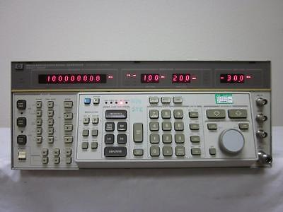 Hp Agilent 8663a 100 Khz To 2.5 Ghz Synthesized Signal Generator W Opt. 002