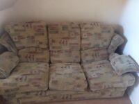 Free to collect - sofa set