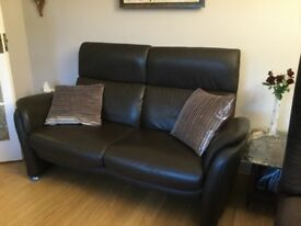 Leather 3 piece sofa suite with reclining chair! Perfect condition