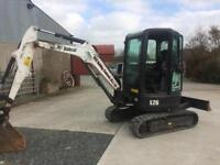 E26 BOBCAT Digger and 3 buckets For Sale