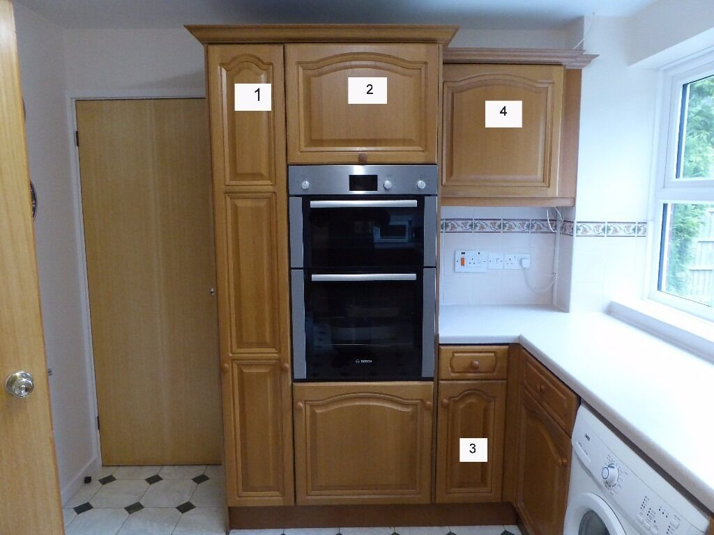 Magnet Kitchen Cupboard Doors Full Set Of Ex Magnet Kitchen Units For Sale In Good Condition As