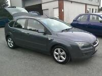 05 Ford Focus Zetec 1.6 5 door ( can be viewed inside anytime)