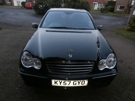 Mercedes c180 Aventgrarde, top of the range. automatic full service history