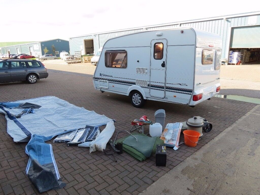 Swift Charisma 2001 year ,2 berth,end kitchen,full new awning,all accessories,tested,dry very clean