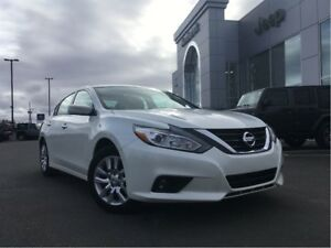 2016 Nissan Altima S WITH BACKUP CAM $59* WEEKLY