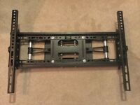 Long Reach TV Wall Mount Bracket with Tilt and Swivel