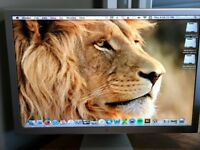 APPLE CINEMA HD DISPLAY MONITOR 30 INCHES 2560 X 1600 RESOLUTION