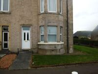 Ground Floor Fully Furnished One Bedroom Flat with off road parking