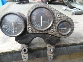 suzuki gsxr 750 -w clocks