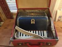 USED Orfeo Piano Accordion