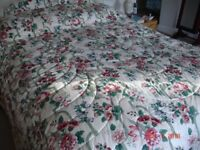 Quilted bed cover - double bed
