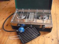 Camping stove 2 burner and grill boxed