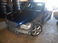 2000 Mercedes C220 CDI W203 Saloon Blue Automatic BREAKING for Parts Spares