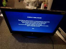 """Lcd tv built in free view 21.5"""""""