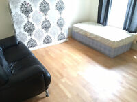 Authentic 4 double bedroom flat in trenty Brick Lane 5 min to Aldgate East ideal for sharers/company