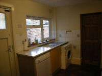 Generous size 4 bedroom house in East Ham Part dss with guarantor accepted