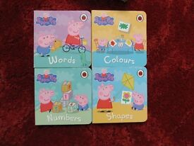 Peppa Pig mini book collection. 4 books in box