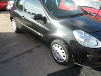 RENAULT CLIO 2006 BLACK BREAKING