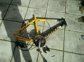 2x Giant bike and jump bike frames