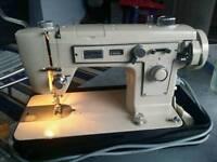 Jones 949 semi indutrial sewing machine.