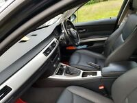 BMW E91 TOURER 6 SPEED MAUAL,FULL PRIVACY GLASS ,THIS IS THE ONE