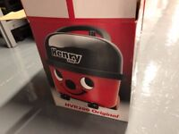 Henry Hoover HVR200 Original, in Box, LIKE NEW CONDITION, RRP £120 Bagged Cylinder Vacuum Cleaner