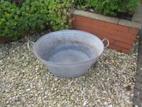 VINTAGE ANTIQUE GALVANISED TIN WASHING TUB BUCKET BATH PLANTER POT