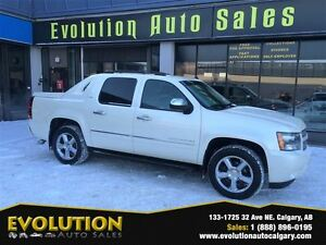 2011 Chevrolet Avalanche 1500 LTZ, NAVI, BACKUP-CAM, DVD !!