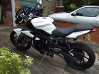 Absolute mint Street Triple with Competition Werks can fitted